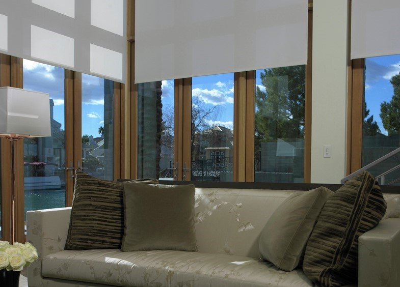 4 Ways Motorized Blinds Go Beyond Added Convenience